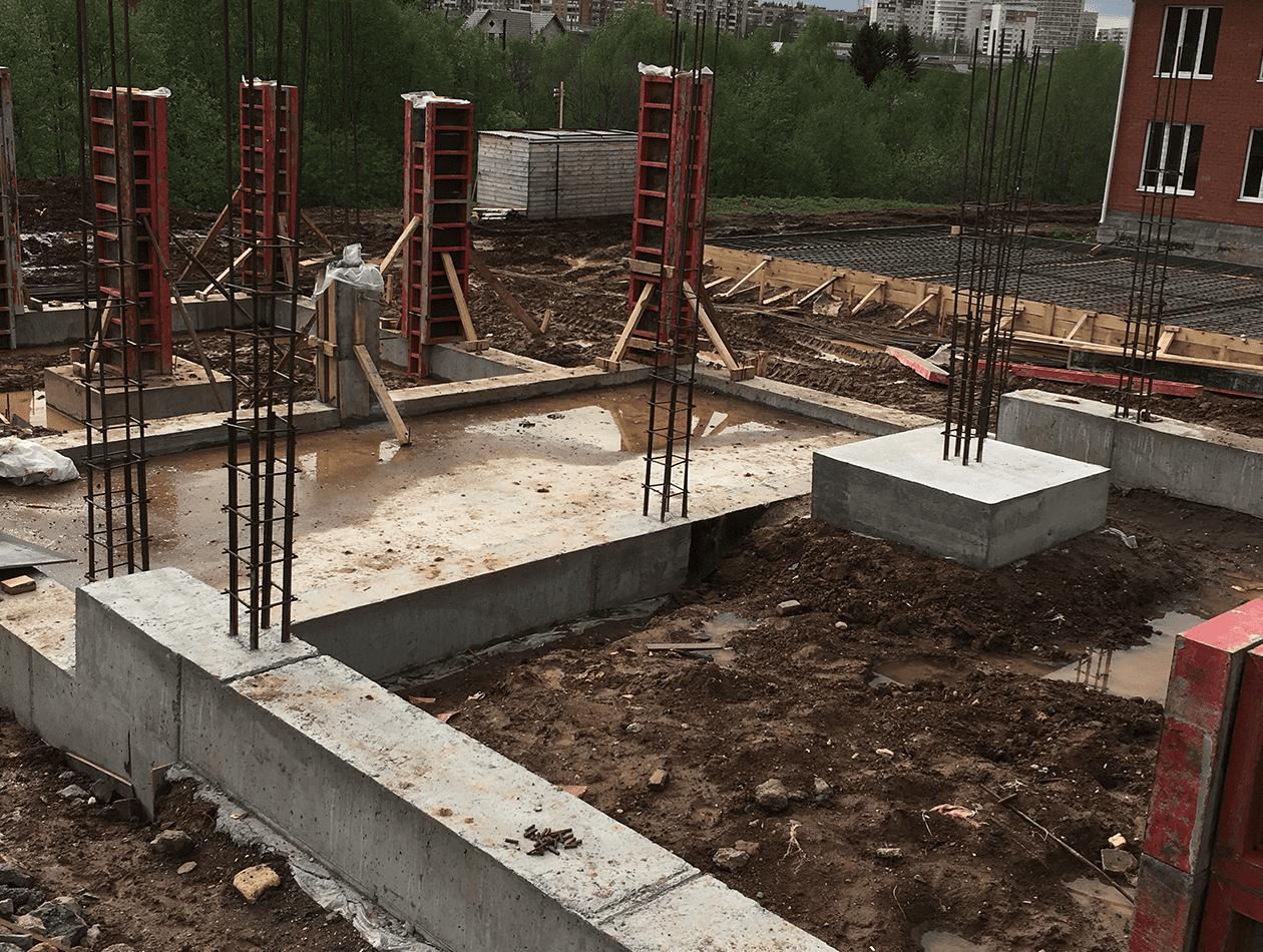 Монтаж монолитных колонн