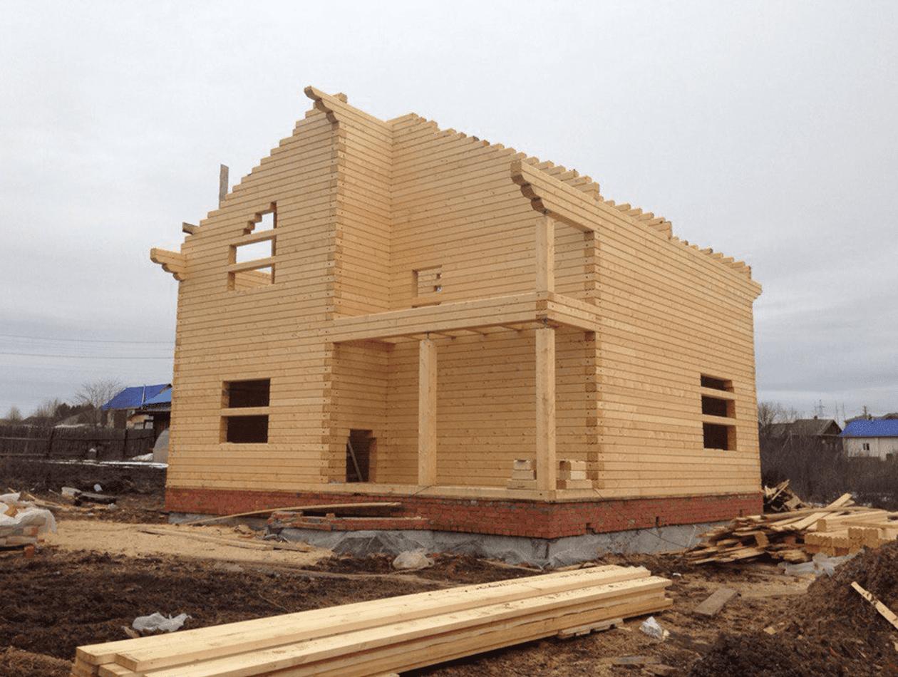Дом размерами 9*9 из профилированного бруса камерной сушки