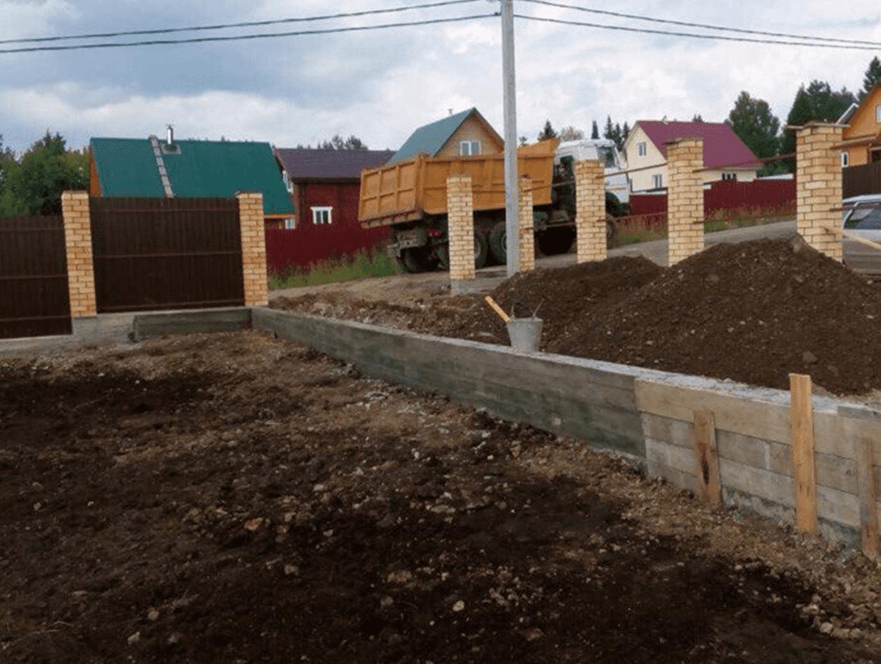 Подготовка площадки под бетонирование для стоянки автомобиля