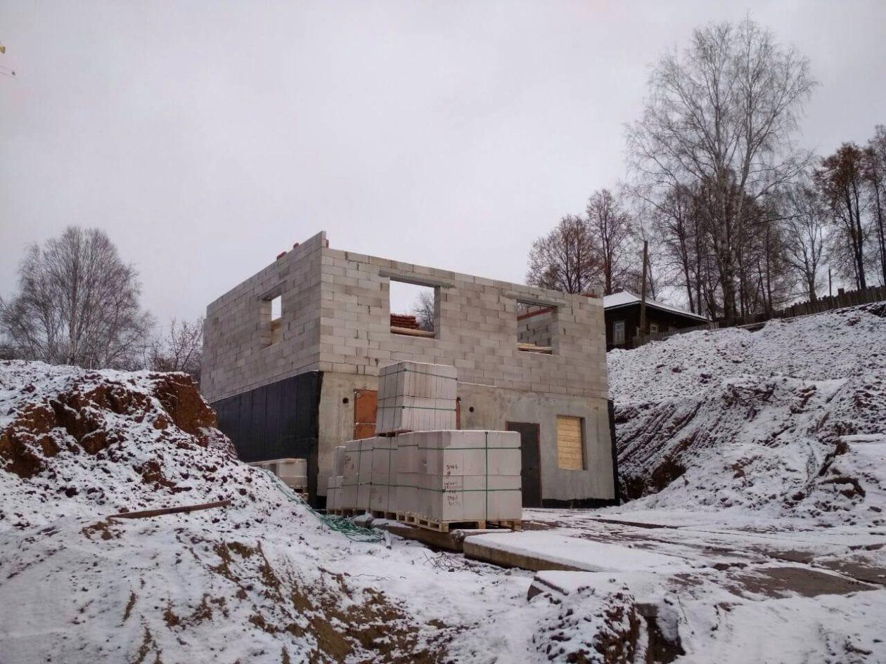 Строительство дома из газобетонных блоков ПЗСП с монолитным подвалом